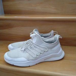 Reebok white men's sneakers size 10.5